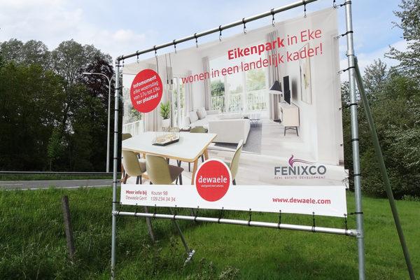 Reclamebord_langs_de_weg_de_dewaele_paneel_billboard