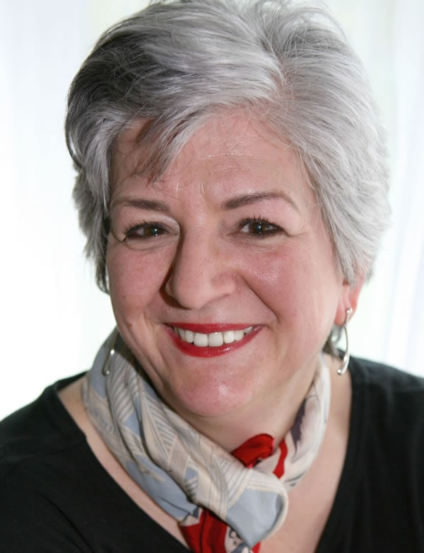 Barbara sporting a short gray hairstyle   40plusstyle.com
