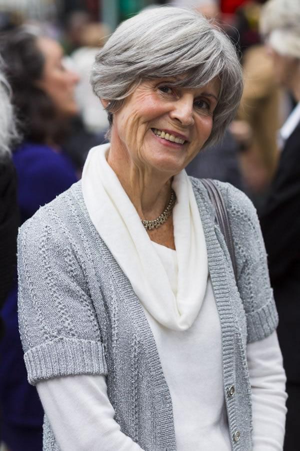 beautiful grey hair   40plusstyle.com