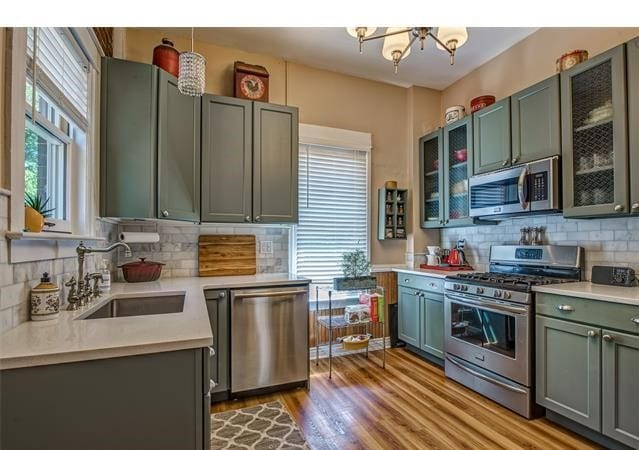 Denver bungalow kitchen remodel with stainless steel appliances