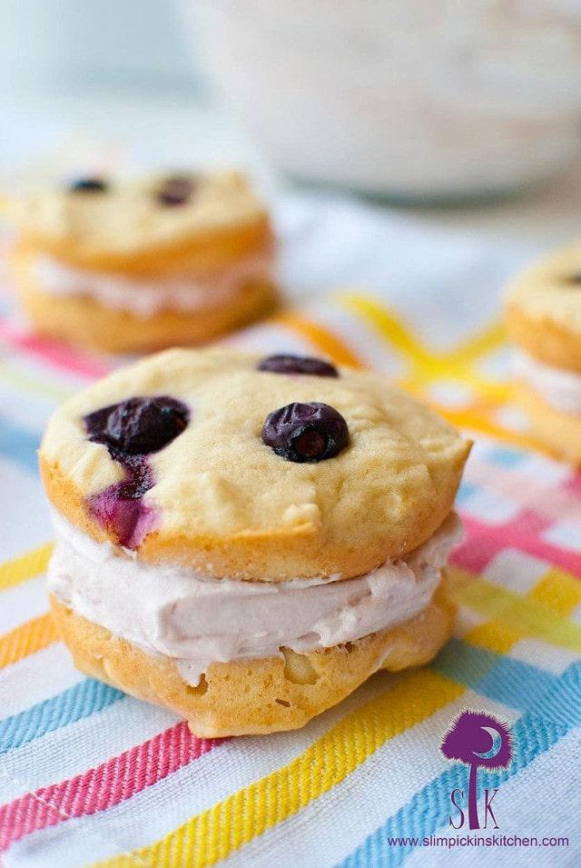 Berry Vanilla Whoopie Pies 1