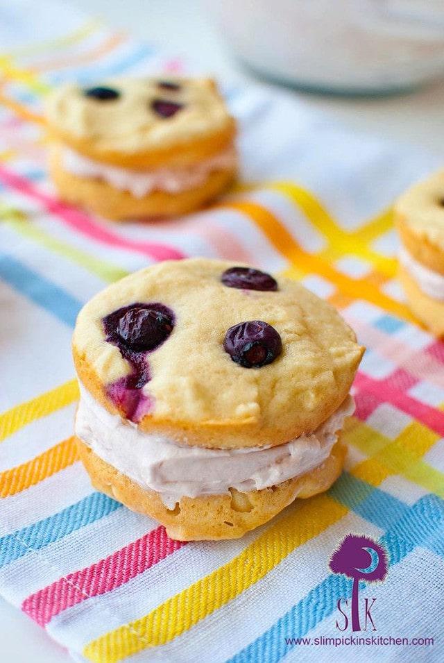 Berry Vanilla Whoopie Pies 3