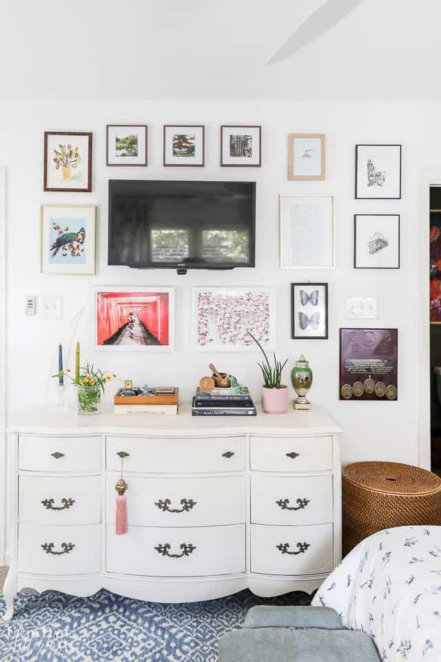 Parisian Style Bedroom Watermark 13