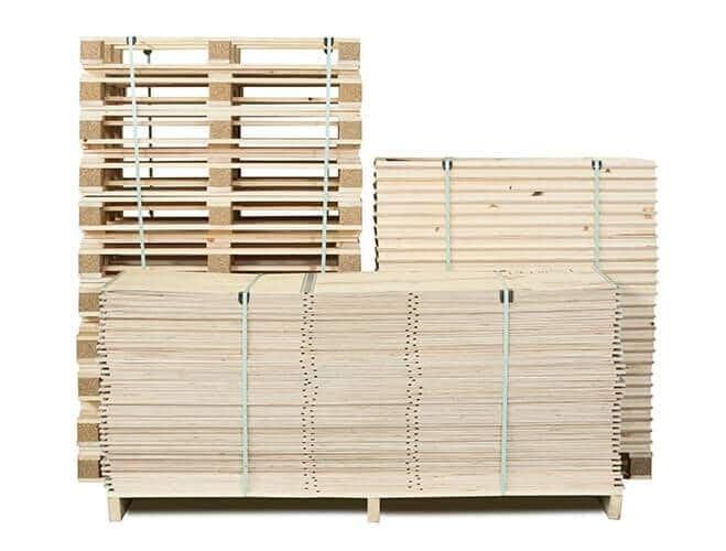 Livrées et stockées à plat, les caisses NO-NAIL BOXES permettent un gain d'espace de stockage