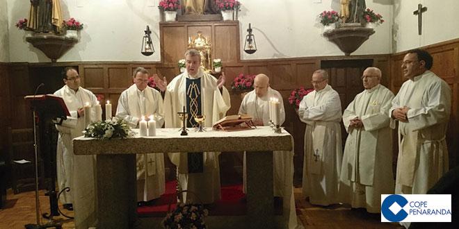 La iglesia del convento de las Carmelitas de Mancera acogió una eucaristía por el día de la vida consagrada