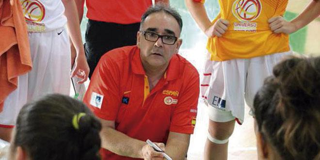 El entrenador salmantino de baloncesto, José Ignacio Hernández.
