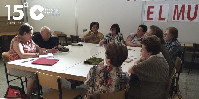 Un momento de la reunión del grupo de Voluntarias de San Vicente de Paúl de Peñaranda