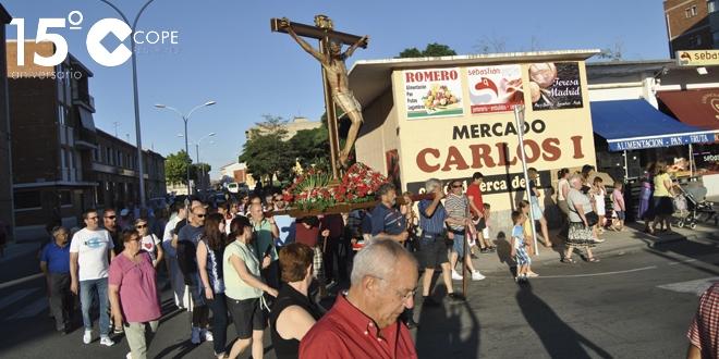Decenas de personas acudieron a la procesión en la fiesta del Cabildo del Cristo del Humilladero
