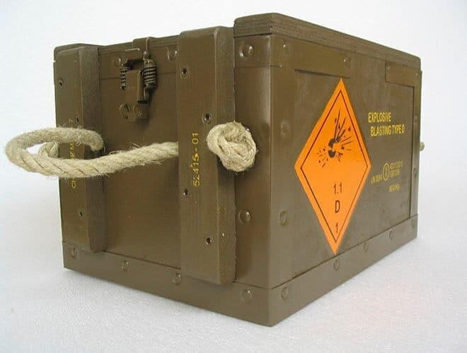 NO-NAIL BOXES: Des caisses aux couleurs de l'armée