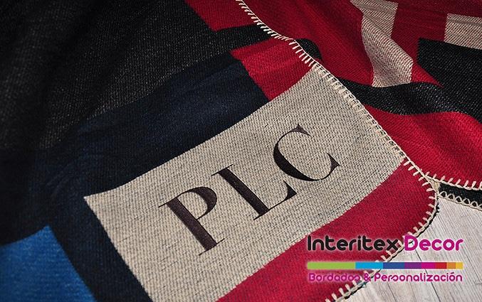 Ponchos-personalizados-bordados