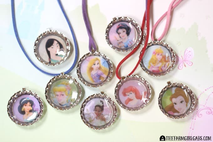 These Disney Princess Bottle Cap Necklaces are a fun and easy jewelry craft for the princess in all of us. Which one will you wear?