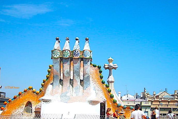 カサバトリョ屋上の煙突画像