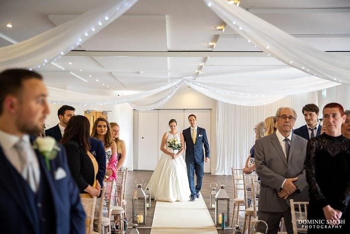 Brides Arrival at Reigate Hill Golf Club