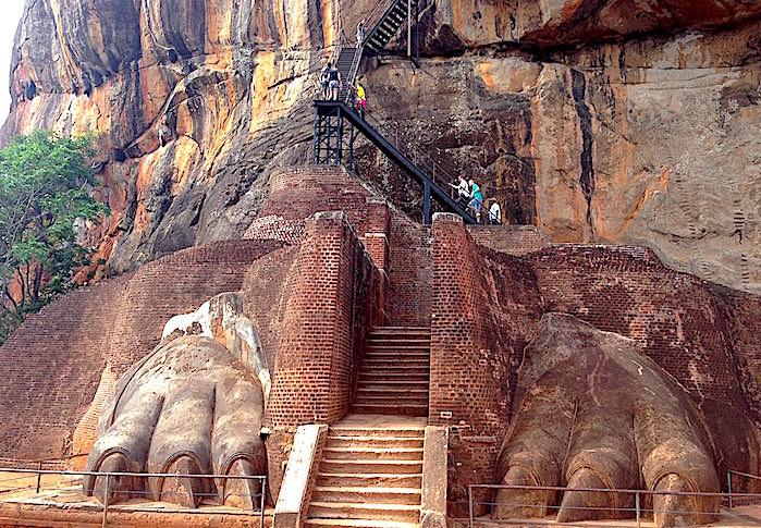 ライオンテラスの階段の画像