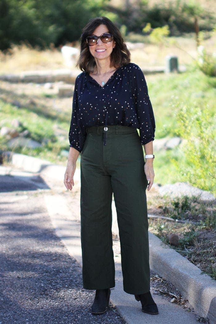 How to wear green - Ana in olive green jeans   40plusstyle.com