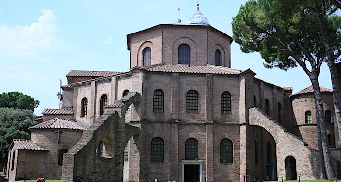 ラヴェンナのサン・ヴィターレ聖堂の画像