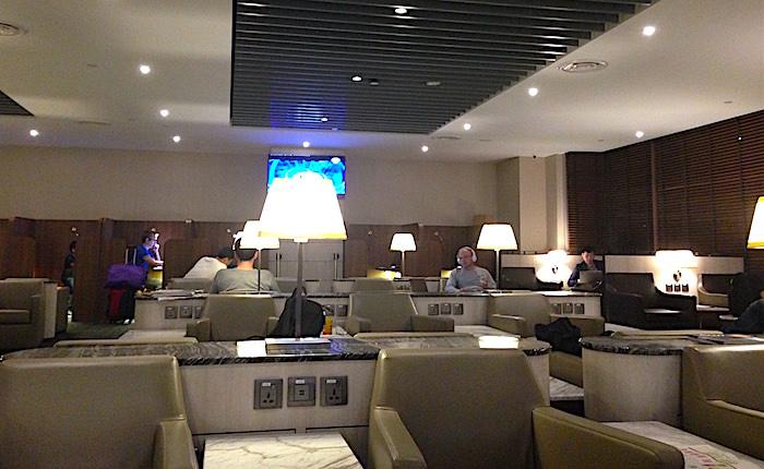 チャンギ空港ラウンジ内画像