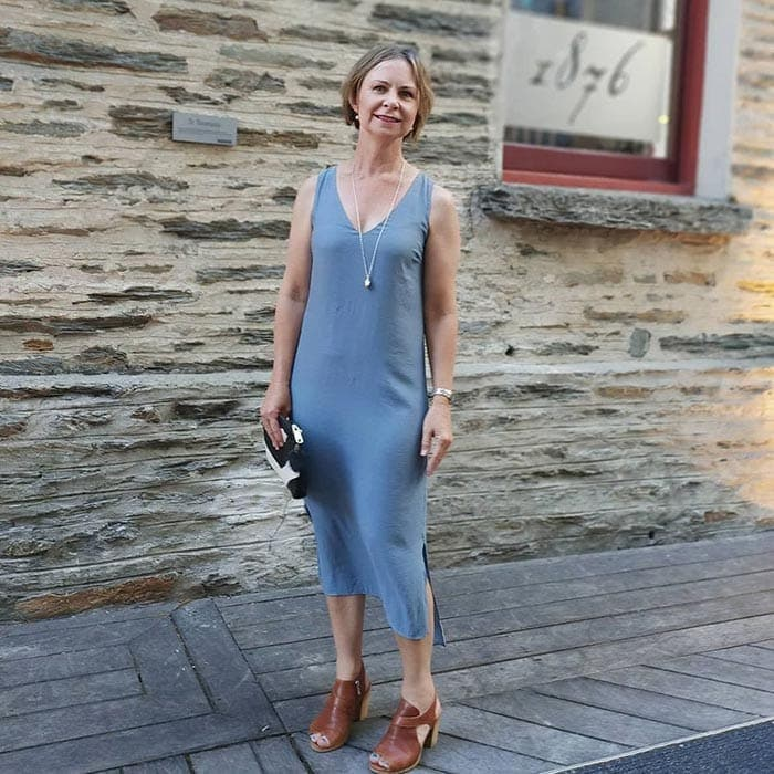 How to dress when you are short - Rachel in a tank dress | 40plusstyle.com