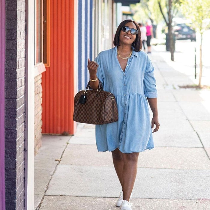 Best clothes for tall women - Dionne in a denim dress | 40plusstyle.com