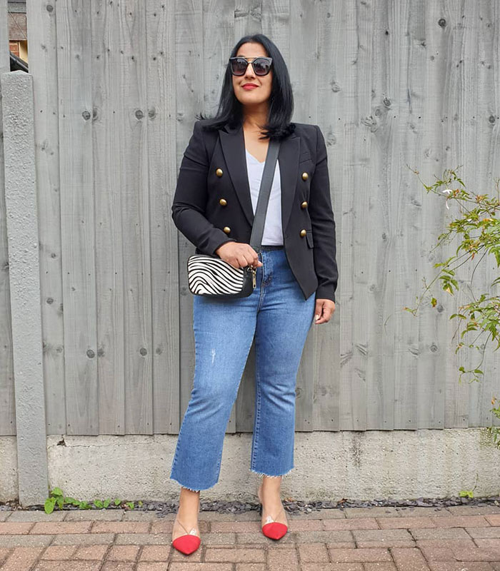 how to wear a double-breasted blazer with denim   40plusstyle.com
