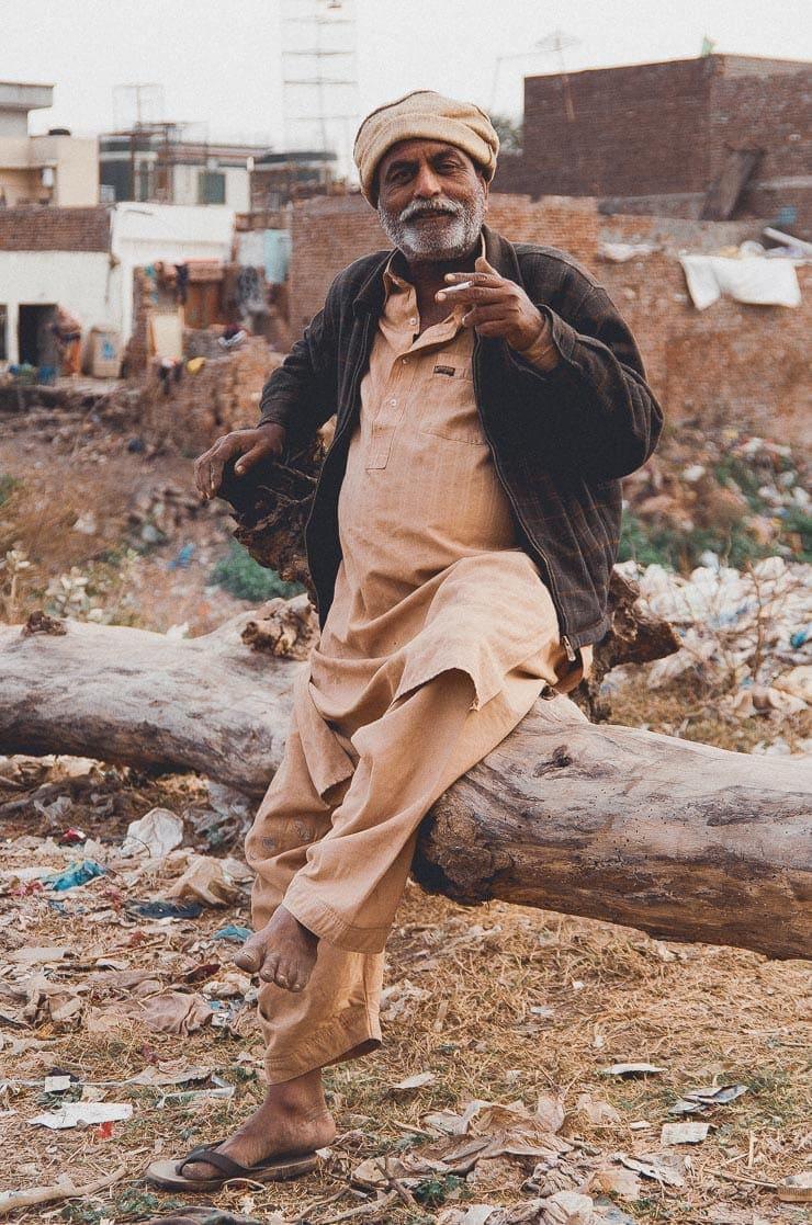 3. feb: Denne herre spottede at jeg havde et kamera og ville fortælle mig sin livshistorie. Vi fik snakket i 10 minutters tid før jeg måtte videre.