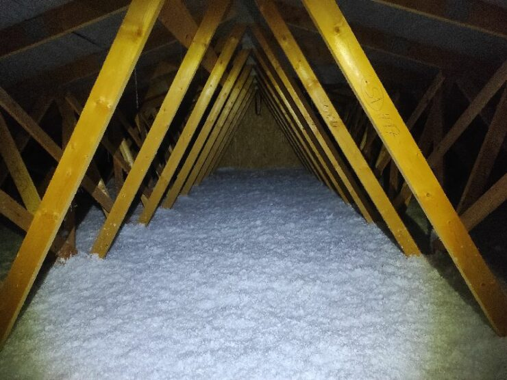 Zatepleny strop fúkanou minerálnou izoláciou