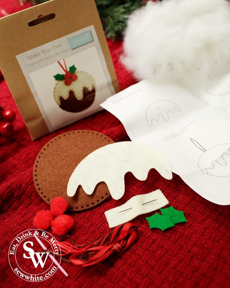 Christmas pudding felt decorations in the top 5 Craft Gifts for Christmas