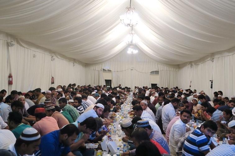 ドバイにあるモスクのラマダンテント