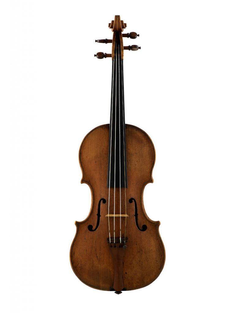 アントニオ・アマティ1588年製のバイオリン『メンデルスゾーン』の正面の全体像