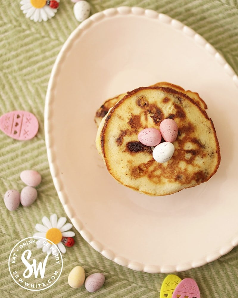 Easter brunch ideas with mini egg pancakes on a pink plate