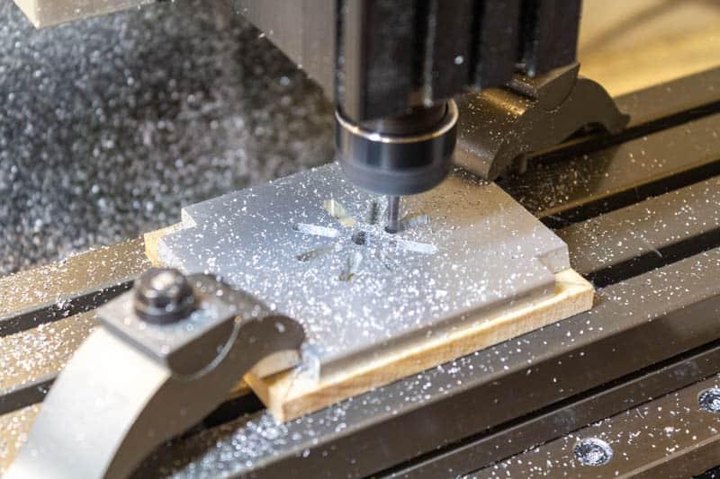 milling a spur gear