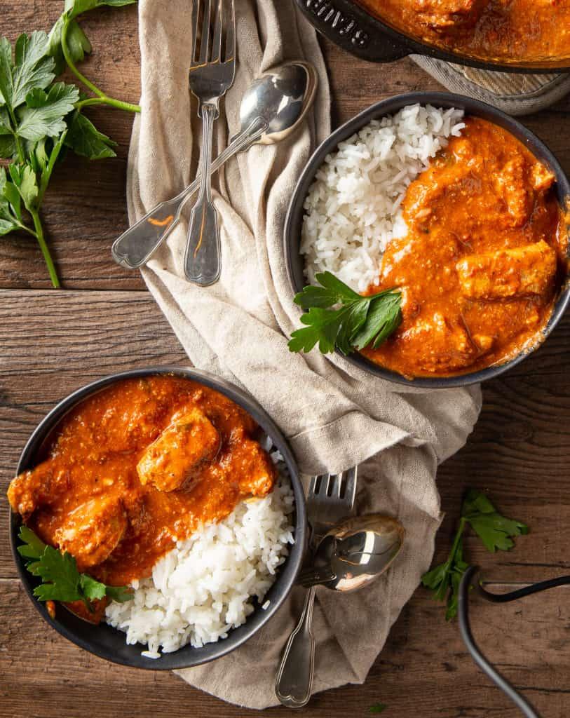 chicken tikka masala in bowls