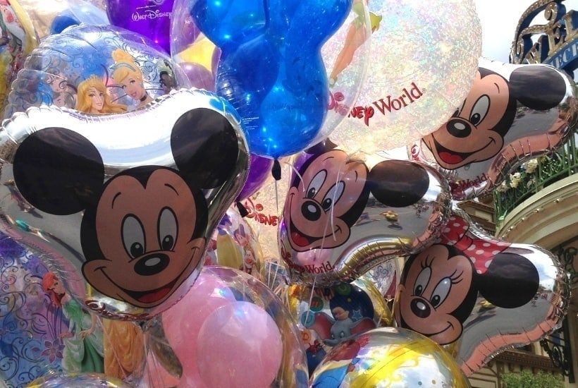 Celebrating a birthday in Walt Disney World? There is nothing more magical then spending your vacation AND birthday at Walt Disney World. Here are some fun ways to celebrate your special day in Disney. Disney Planning Tips #DisneyTips #WaltDisneyWorld #DisneyPackingtips