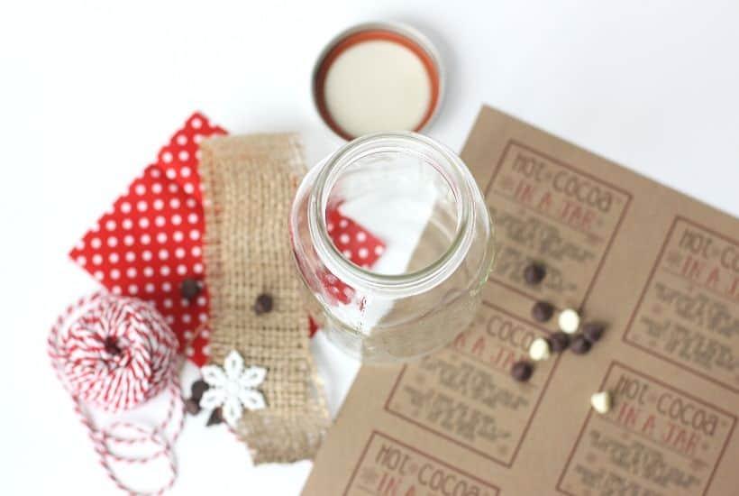Hot Cocoa In A Jar Gift Idea
