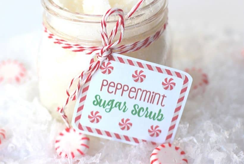 We all could use some pampering now and then. This DIY Peppermint Sugar Scrub made with essential oil is a perfect way. This sugar scrub is easy to make and is a great Christmas Mason Jar gift idea. Grab a mason jar and make a batch of this easy scrub for family and friends. #masonjargift #sugarscrub #essentialoils