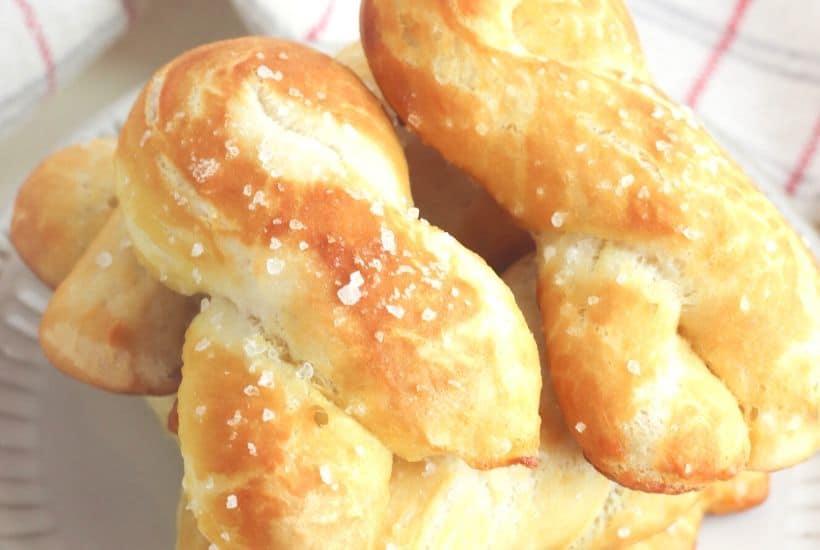 Easy Homemade Soft Pretzel Twists