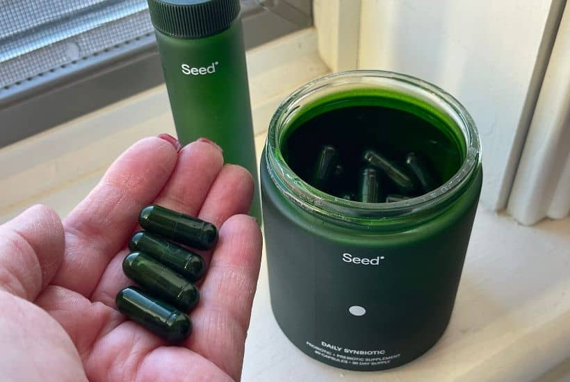 Seed is a daily probiotic and prebiotic wrapped into one green capsule. Here is my review of how Seed Probiotics work. Seed is a daily probiotic that benefits the digestive, heart and immune systems.