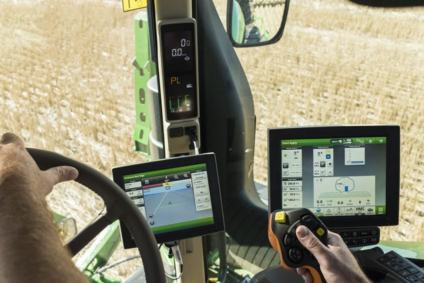 John Deere launches digital farming hub