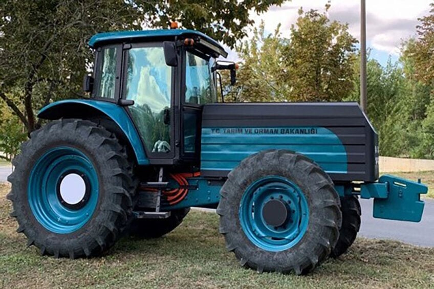 Photo: ZY Electric Tractor