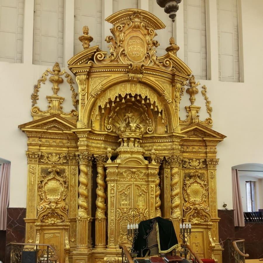 טיול בבני-ברק-ארון הקודש בפוניביץ