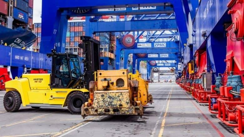 Hyster reveals Li-ion trucks with electric drivetrain