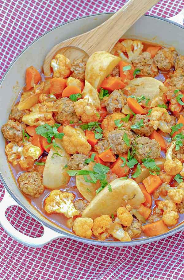 Cauliflower and Meatballs Ragout
