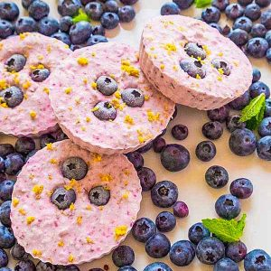 Keto Mini Blueberry Cheesecakes