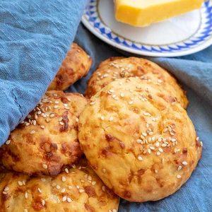4 – Ingredient Gluten-Free Cheese Buns