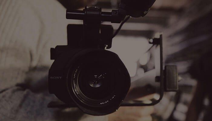 YouTube動画の撮影に最適なカメラの選び方!タイプ別におすすめのカメラを紹介