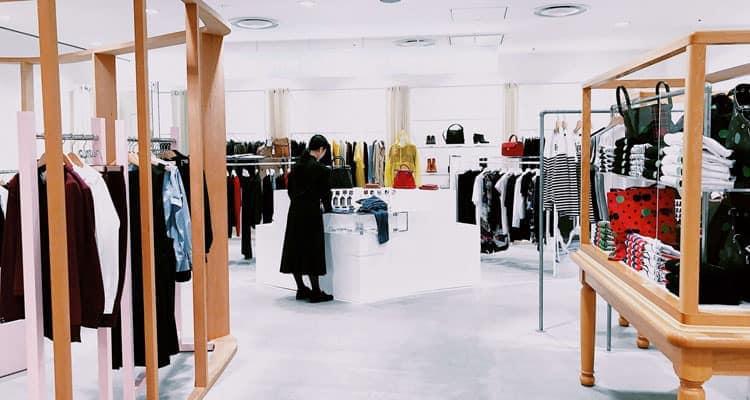 Come attirare clienti in negozio abbigliamento