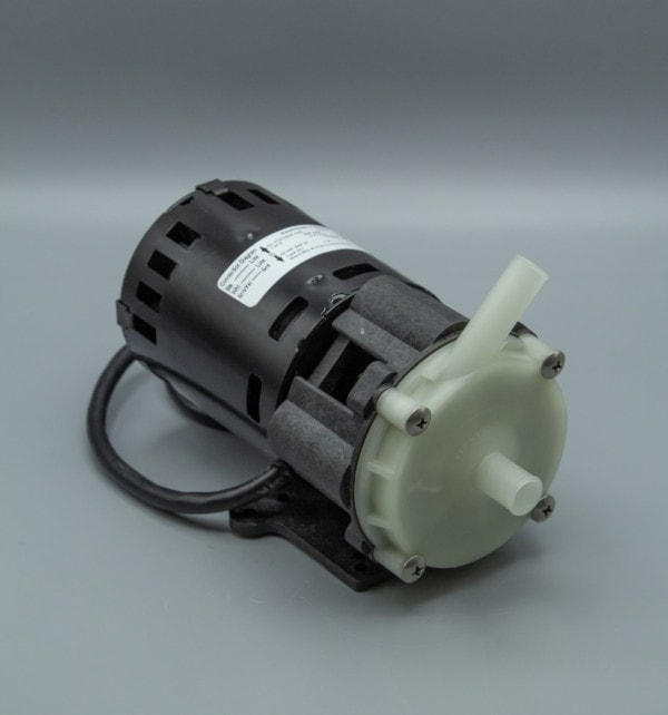 March Pump's MDX-3-1/2 centrifugal sealless magnetic drive pumps ideal for oem applications.
