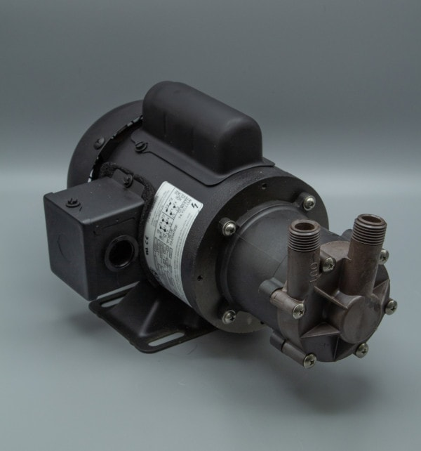 March Pump's TE-MDX-MT3 centrifugal sealless magnetic drive pumps ideal for chemical applications.