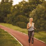 beginner female runner doing speed workout