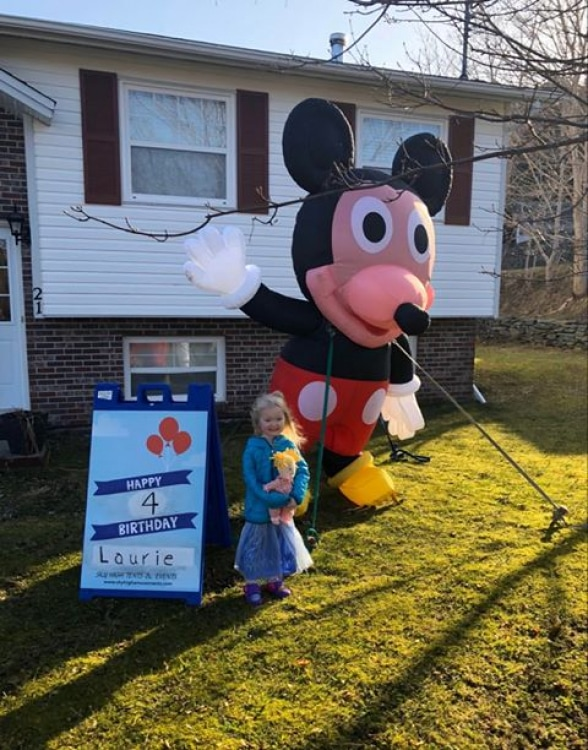 Mickey Mouse Lawn Balloon/w sign